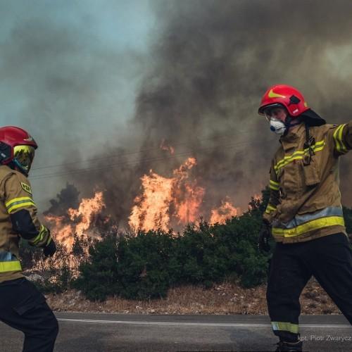 Polish-firefighters Greece