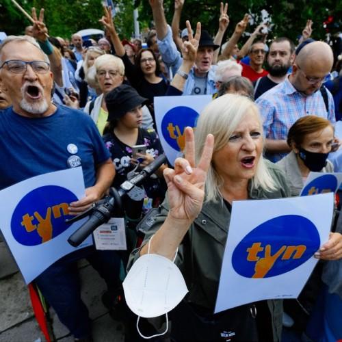 pro-TVN demonstration media law Poland warsaw
