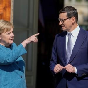Morawiecki Merkel Warsaw