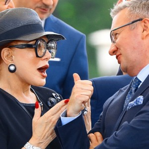 Mosbacher returns to Poland