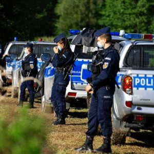Poland state of emergency on Belarusian border