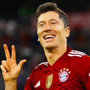 Robert Lewandowski Golden Shoe Bayern Munich Polish footballer