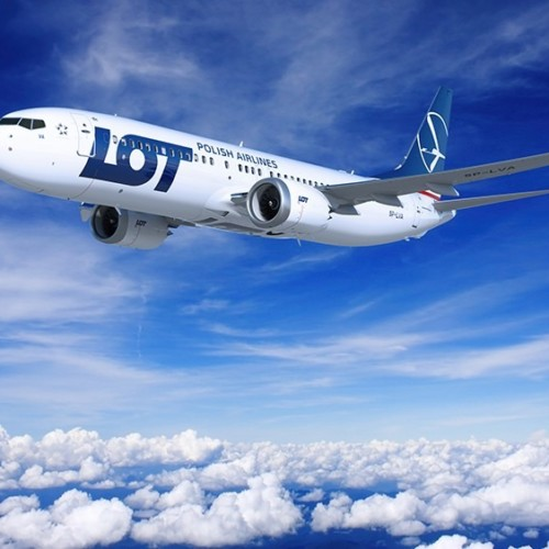 LOT Boeing 737 MAX Boeing sued